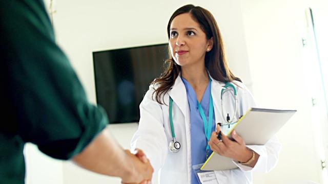 lucrați de acasă ca asistentă medicală