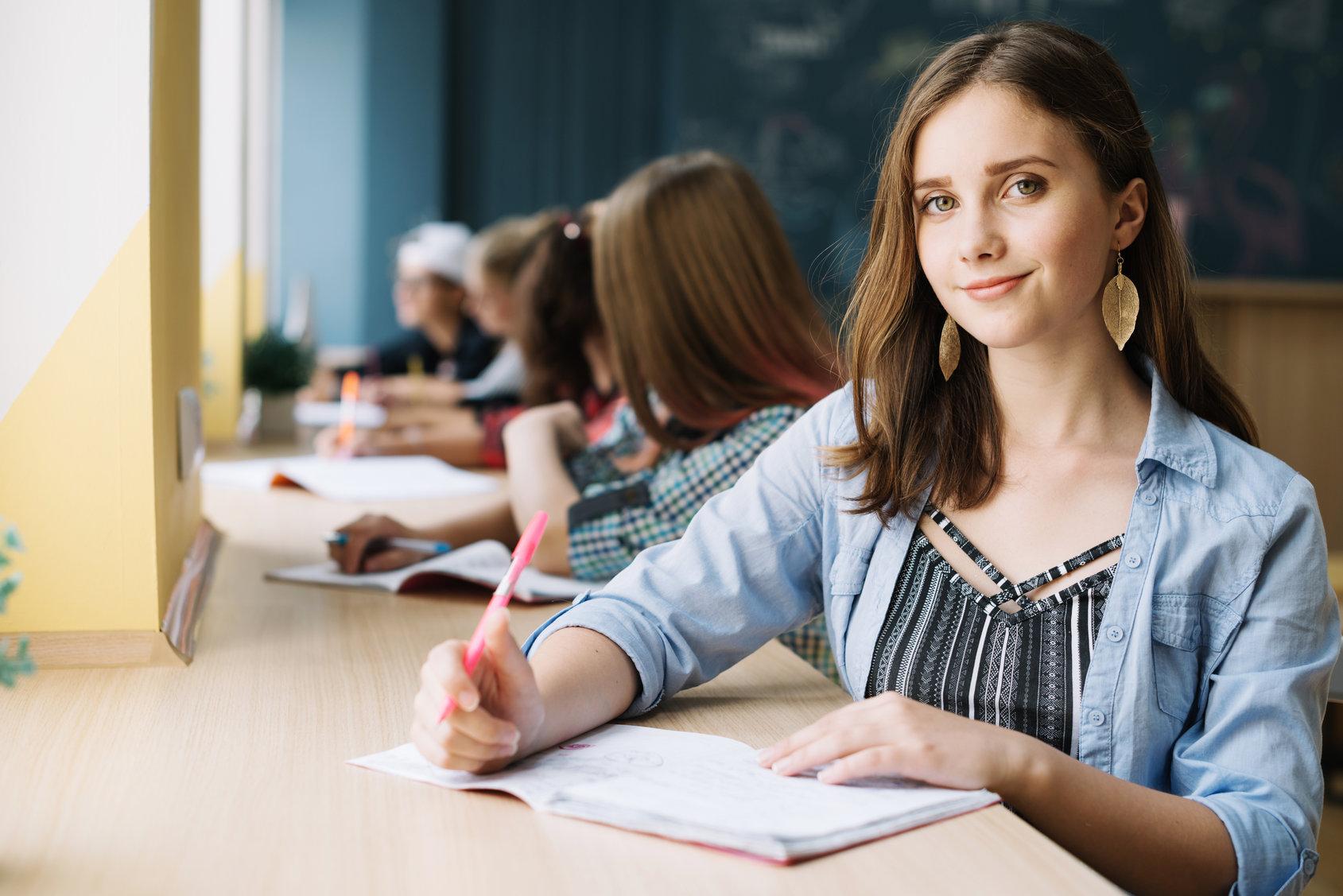 Examenul de admitere: de la student la viitor student