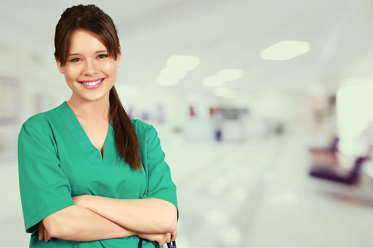 Cinci avantaje de a lucra ca asistent medical intr-o policlinica