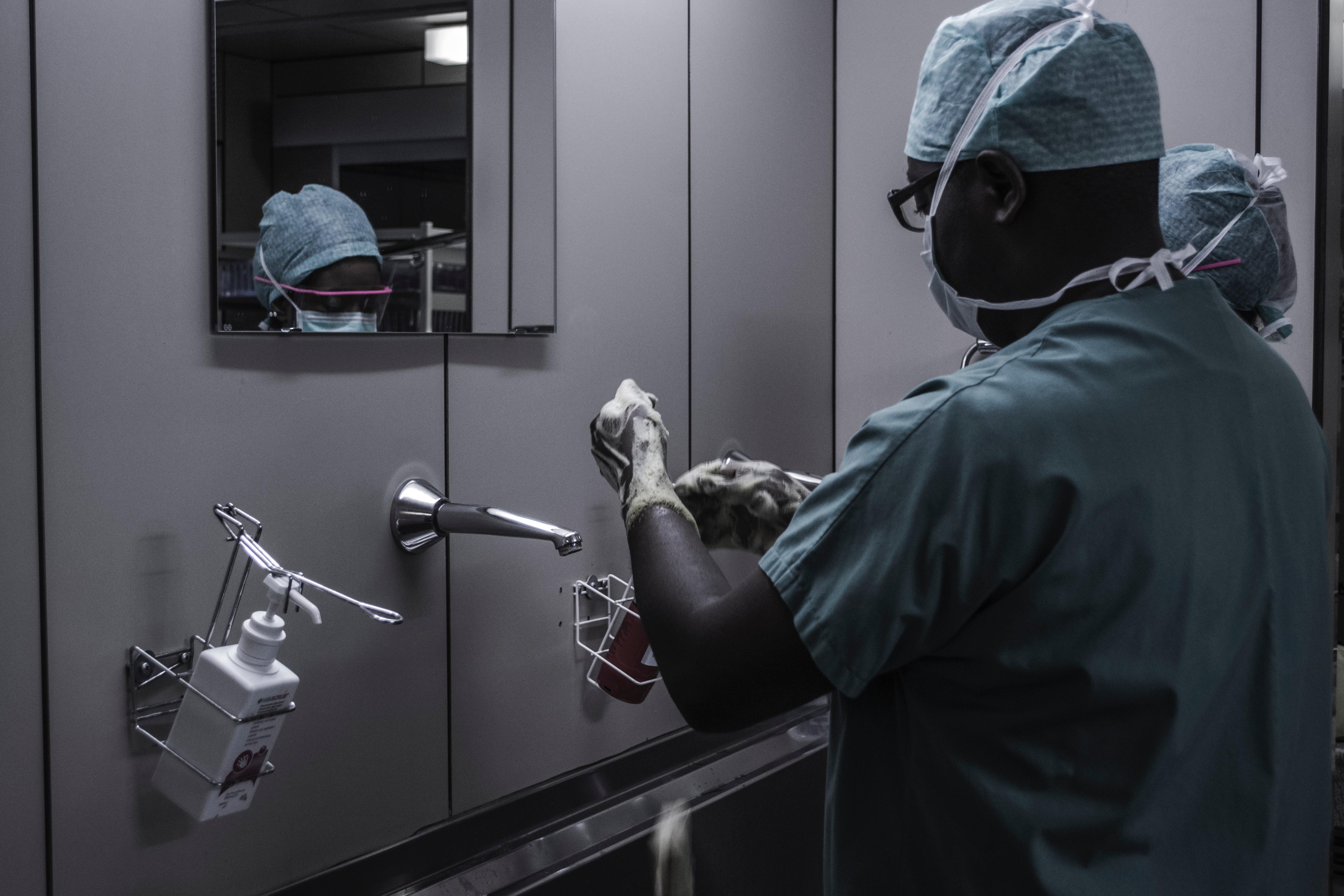 Chirurgie Generala: perspective de dezvoltare profesionala pentru medici si competente medicale