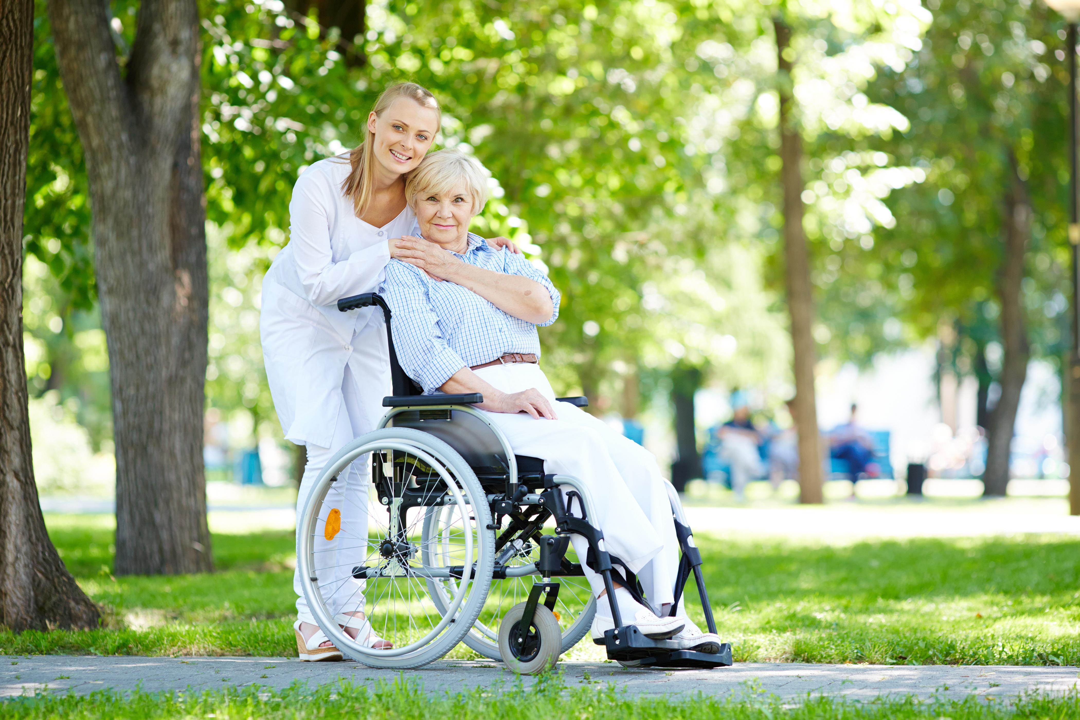 A imbratisa sau nu pacientii: care este comportamentul corect?