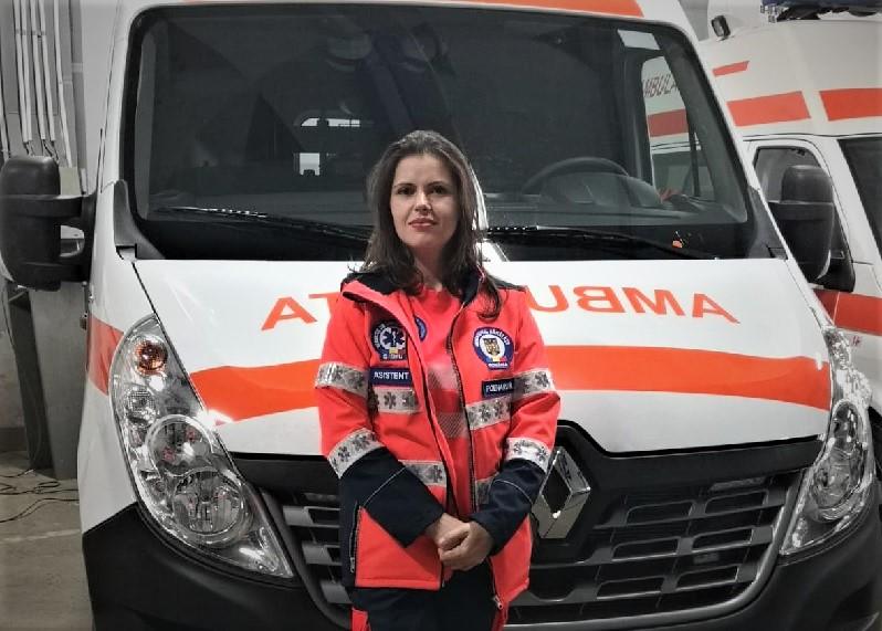 "Roxana Poenaru, Asistent medical Serviciul de Ambulanta Sibiu: ""Este locul in care ma regasesc cel mai mult ca profesionist in medicina si ca om"""