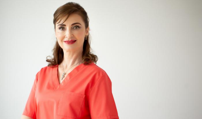 """Interviu dr. Manuela Ravescu, medic specialist dermatolog: """"Fiecare este frumos in felul sau si acesta este lucrul cel mai valoros!"""""""