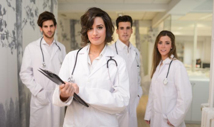 7 metode care te ajuta sa atragi cei mai buni medici rezidenti la tine in echipa