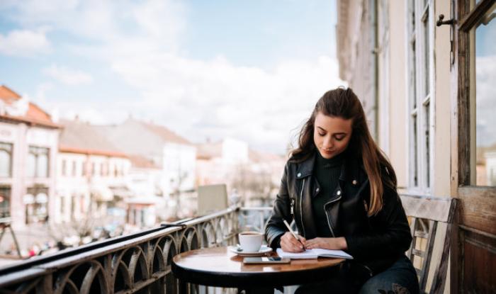 Cum să îți creezi cea mai bună scrisoare de intenție ca sa atragi atenția angajatorului