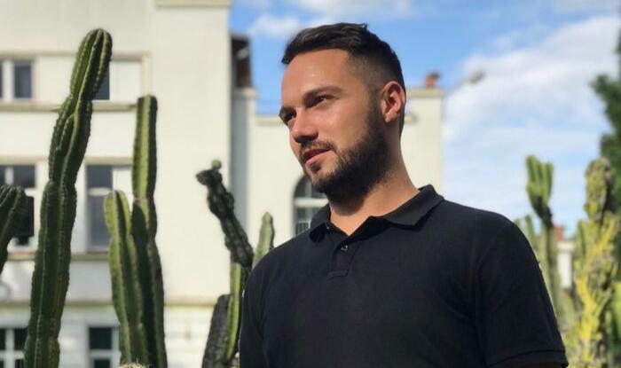 """INTERVIU Cosmin Gheorghe, student medicina: """"Nu știam cum aș putea să ajut și trupul, nu doar mintea și sufletul, iar medicina a fost răspunsul"""""""