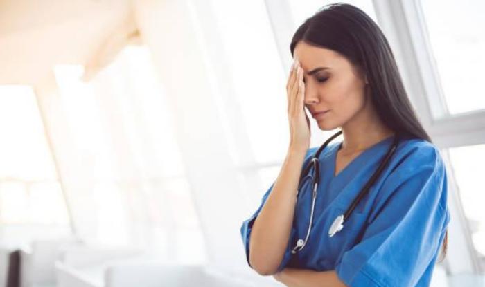 Principalele motive pentru care un asistent medical poate fi concediat