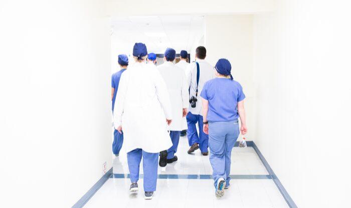 Cum arată o zi din viața unui asistent medical