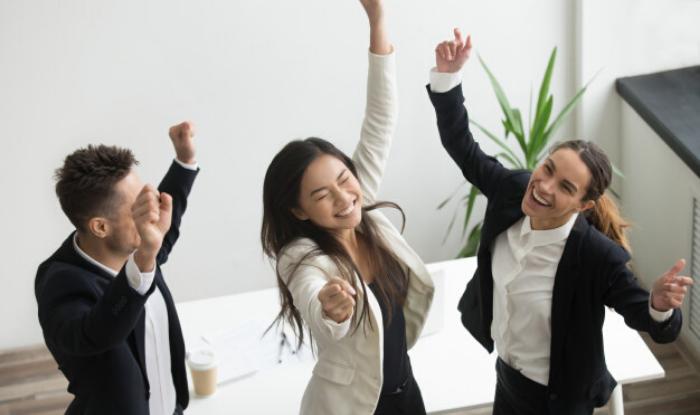 10 modalități de a-ți motiva angajații