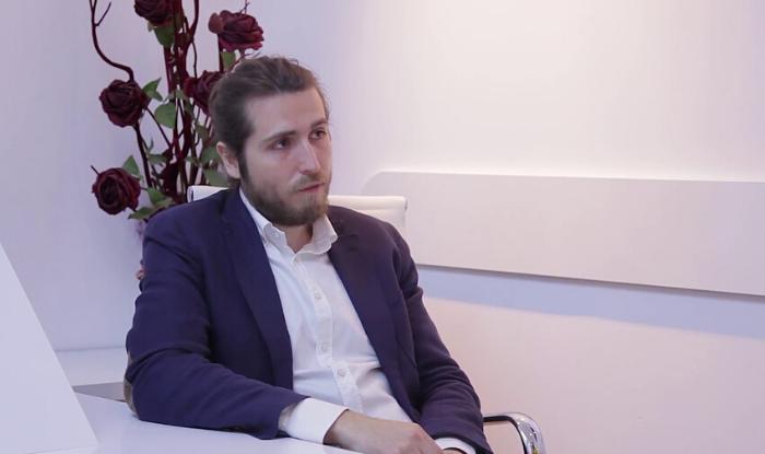 """INTERVIU Bogdan Cioată, medic specialist obstetrică-ginecologie: """"Observ că generația mea reușește să se supraspecializeze și să lucrăm sinergic, nu în competiție unii cu alții făcând de toate"""""""