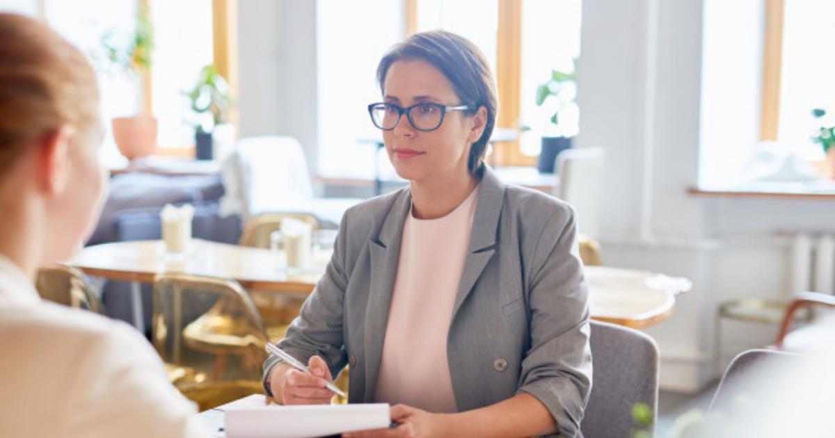 Importanța exit interviului atunci când un angajat pleacă