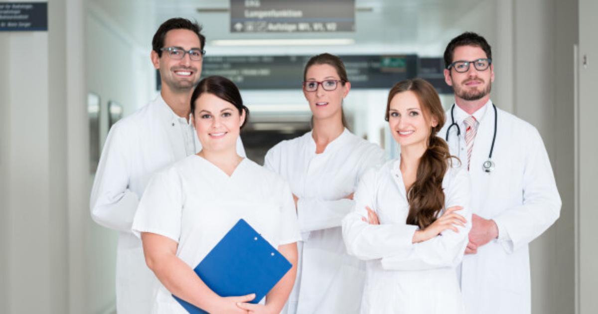 medici si asistenti
